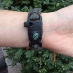 Green Paracord Bracelet buckle with whistle, compass, flint and striker